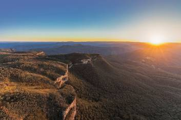 Blue Mountains - Narrowneck, Hamilton Lund Photographer, Destination NSW
