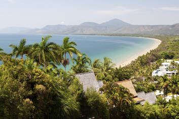 Port Douglas to Cairns Beaches One Way Transfers