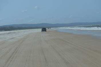 Fraser Island Four Wheel Drive 4wd Tours Tours To Go Book