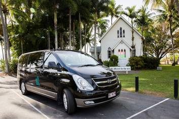 Private Transfer 1-4 People Cairns to Port Douglas