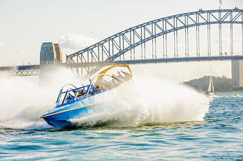 Amazing fun on then best harbour in the world!