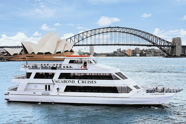 LUNCH CRUISE ON SYDNEY HARBOUR - A SYDNEY FAVOURITE FOR OVER 30 YEARS!