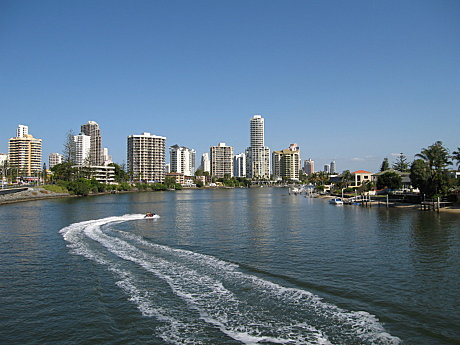 Cruise the Nerang River