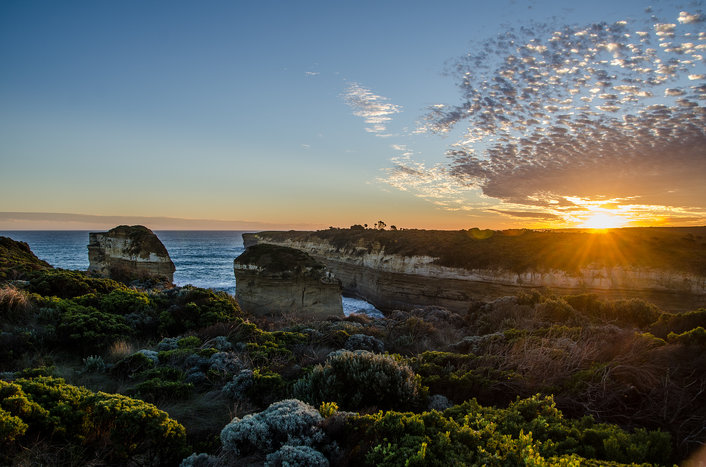 The start of a spectacular sunset, Great Ocean Road