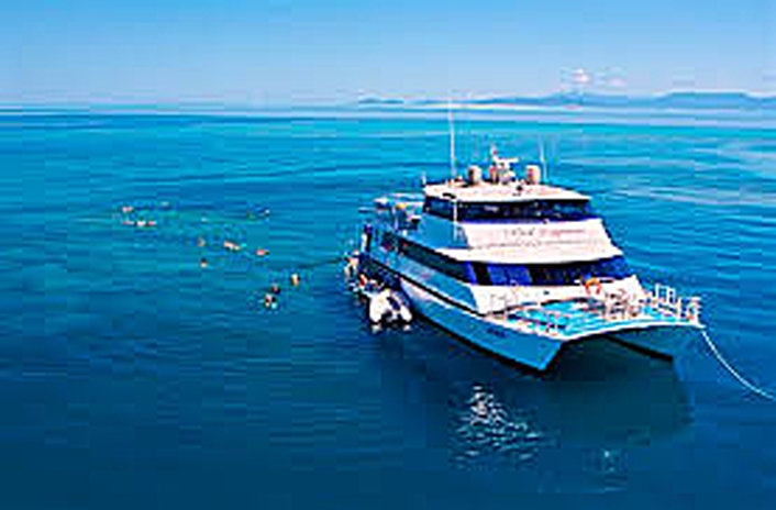 Travel in comfort to the reef