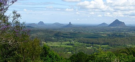 Glasshouse Mountains option