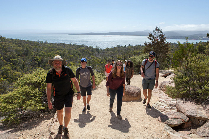 Hike in Freycinet National Park