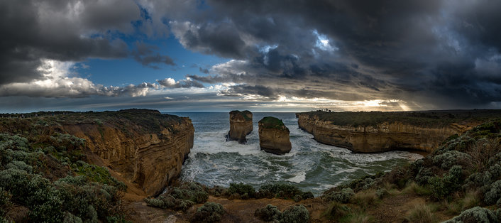 Late afternoon, Twelve Apostles