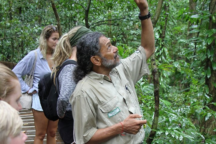 Experienced Epert Eco Tour Guide