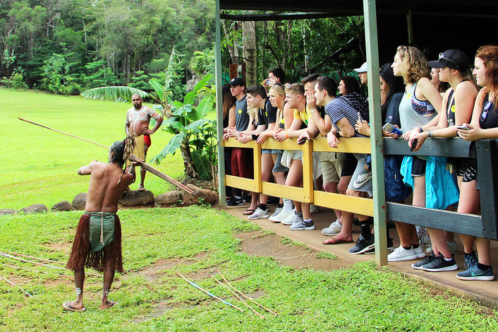 Spear throwing show - Rainforestation