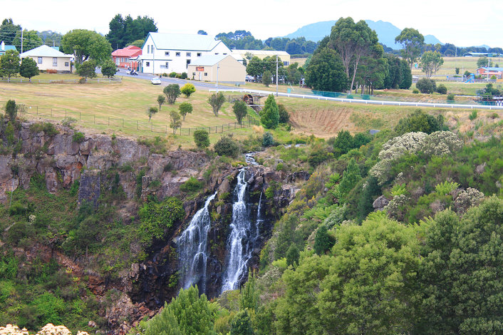Warratah waterfall