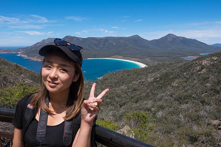 Souvenir photos taken at the Wineglass Bay Lookout
