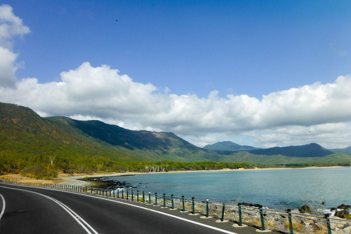 Shuttle bus from cairns to port douglas