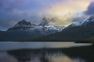 Cradle Mountain in the early morning