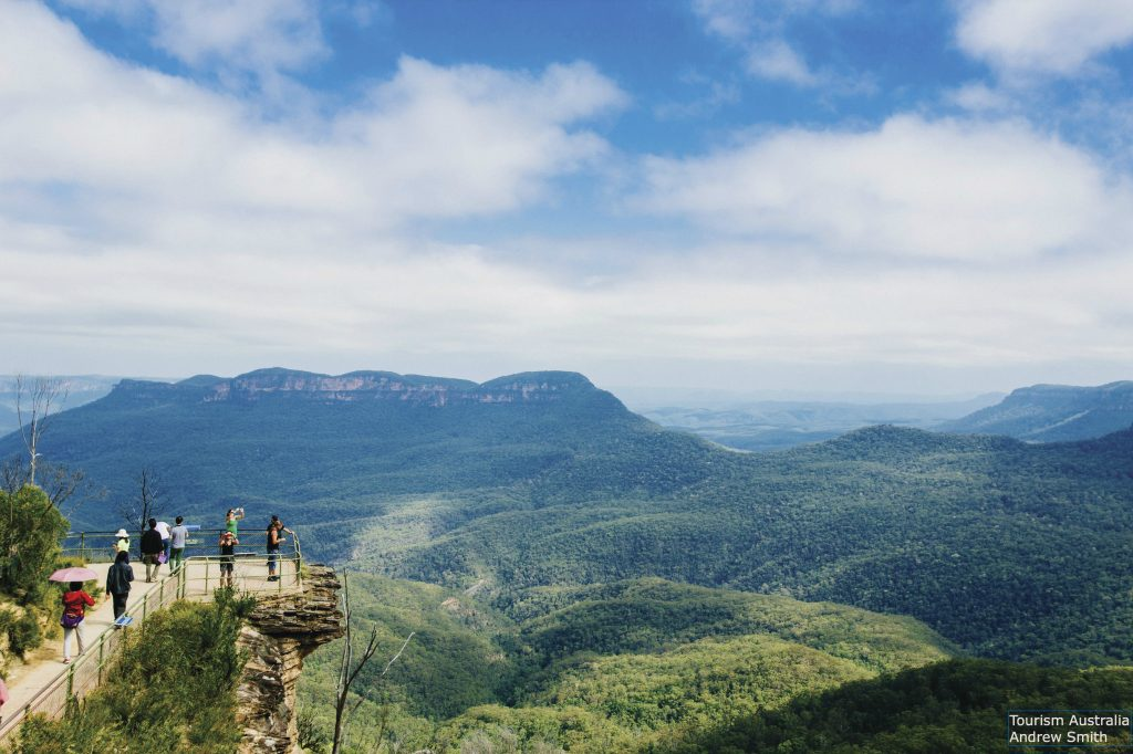 View across the Blue Mountains