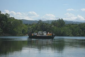 daintree River vehicle ferry