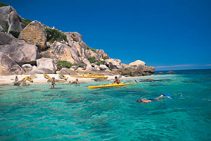 sea Kayaking at Fitzroy Island